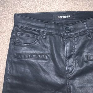 Express Cropped Moto Jeans Size 2 black coated